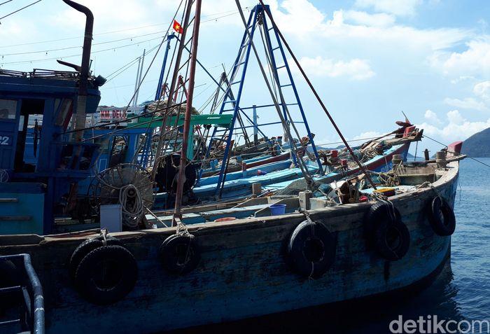 Kapal tersebut berasal dari negara Vietnam serta Thailand.