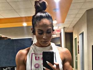 Ini Janice, Kembaran J-Lo Bertubuh Kekar yang Viral di Instagram