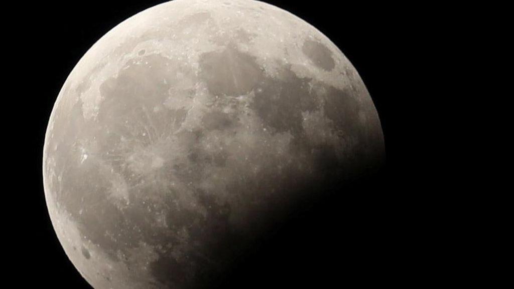 2 Tempat Asyik untuk Sambut Gerhana Bulan
