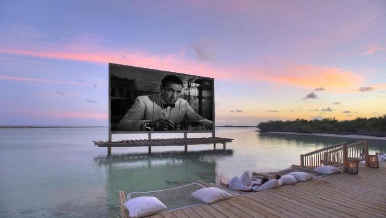 Foto: Fasilitas bioskop di Resort Soneva Jani, Maldives (Soneva Jani)