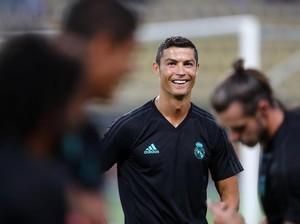 Makanan Favorit Messi dan Ronaldo hingga Kue Ultah untuk Suami Perokok