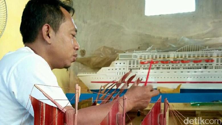Berawal dari Hobi, Miniatur Kapal Buatan Kasdono Kini Hasilkan Uang