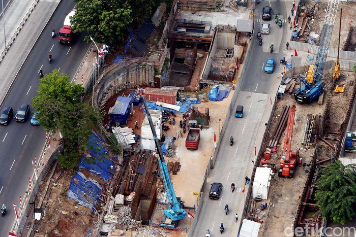 PT MRT Jakarta terus menggenjot pembangunan proyek Mass Rapit Transit (MRT) fase pertama Lebak Bulus-Bundaran HI.