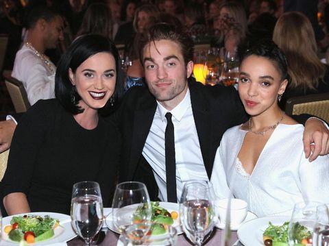 Robert Pattinson Batal Kawin karena Selingkuh dengan Katy Perry?