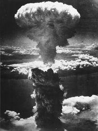 Punya Senjata Nuklir, Korut dan AS Sama Bahayanya untuk Dunia