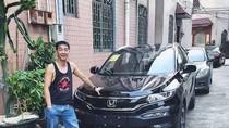 Keren! Pemuda Ini Balas Budi Paman dengan Kado Mobil