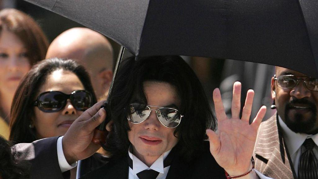 Lawan Pelecehan Seks, Louis Vuitton Tarik Koleksi Bertema Michael Jackson