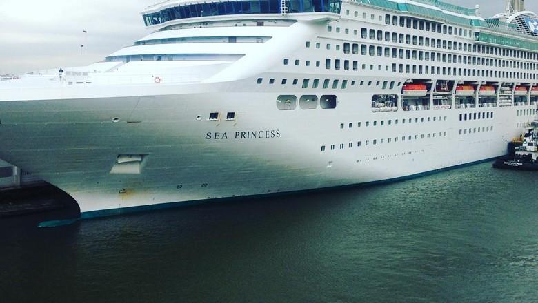 Kapal pesiar Sea Princess (Dok. queenofcruising/Instagram)