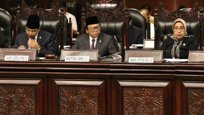 Foto: Ketua DPD Oesman Sapta dan pimpinan DPD lainnya (Foto: Dok. DPD)