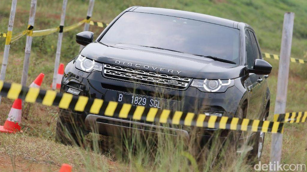 Foto : Menari dengan Land Rover Discovery Sport