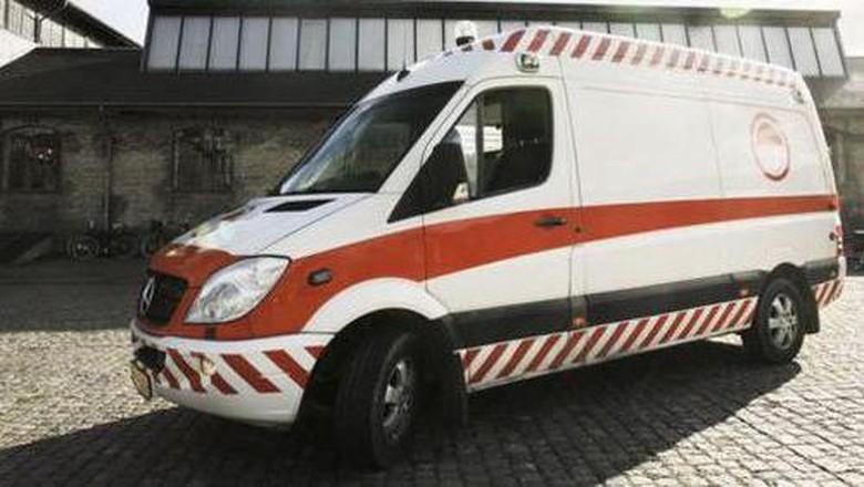 beragam ambulans unik.