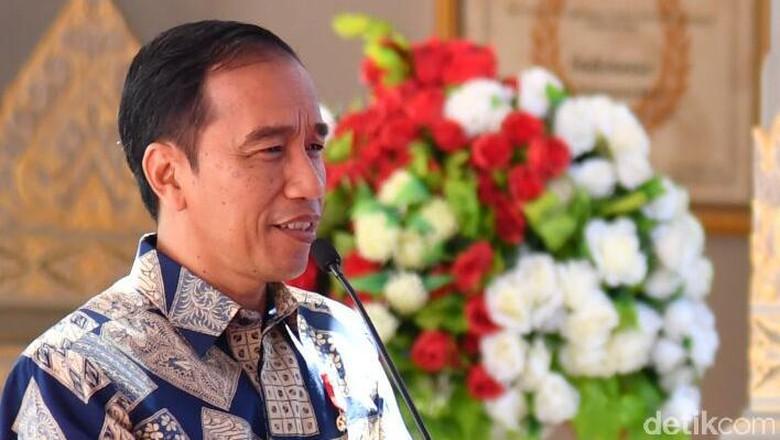 Bertemu Pegiat Medsos, Jokowi Pamerkan Proyek Infrastruktur