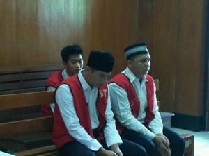 <i>Security</i> Perekam ABG Mesum di Lottemart Divonis 1,5 Tahun Penjara