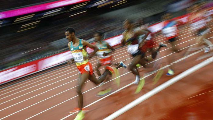 Athletics - World Athletics Championships - Womens 400 Metres Hurdles Semi-Final - London Stadium, London, Britain – August 8, 2017.  Lea Sprunger of Switzerland reacts after the semi-final heat. REUTERS/John Sibley