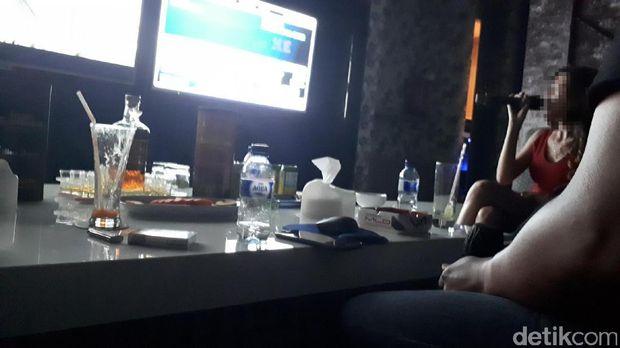 Ini Suasana Karaoke Dewasa Royal KTV Surabaya yang Bikin Heboh
