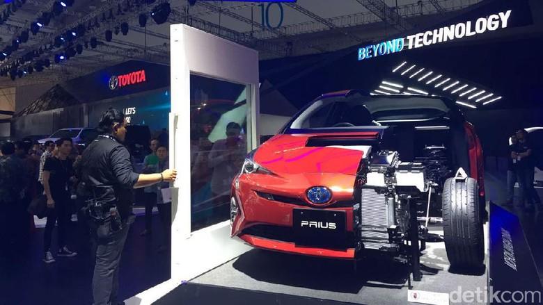 Mobil Prius (Foto: Dadan Kuswaraharja)