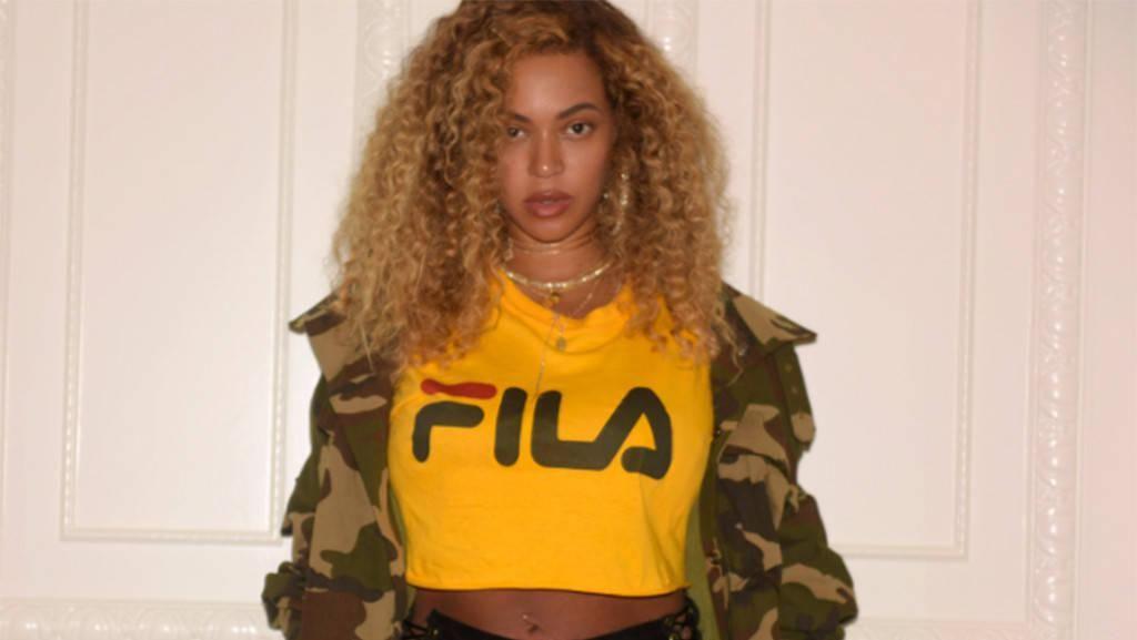 Setelah Syahrini dan Rihanna, Beyonce Juga Pakai Boots Rp 130 Juta Ini