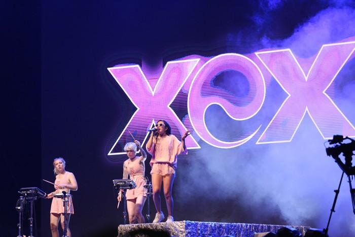 Charli XCX di We The Fest 2017