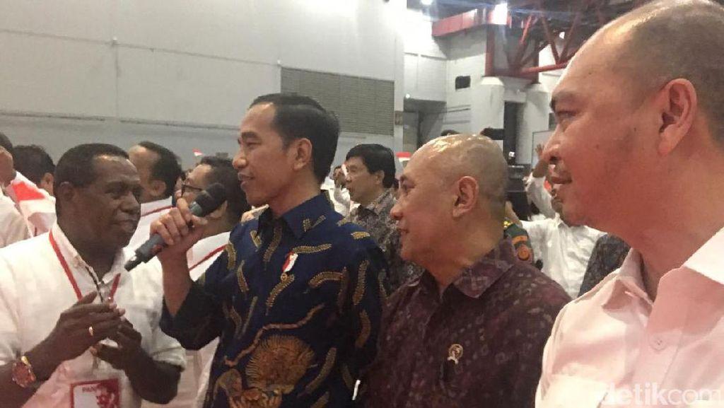 Jokowi Duet dengan Edo Kondologit Nyanyi Pancasila Rumah Kita