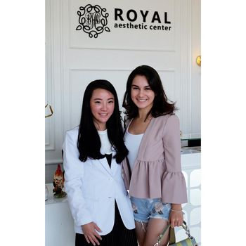 Foto: Adu Gaya Irish Bella & Angela Gilsha, Siapa Lebih Stylish?
