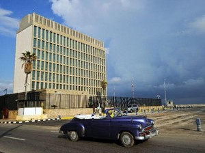 Ada Serangan Sonik Misterius, AS Kurangi Staf Diplomatik di Kuba