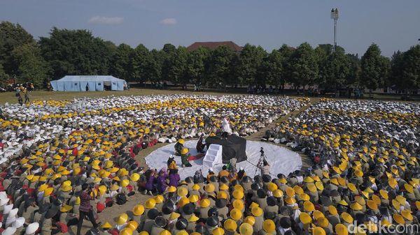 Menlu Retno Tutup Penerimaan Mahasiswa Baru di UGM