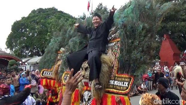 Lestarikan Budaya Nusantara dengan Trenggalek Ethnic Carnival