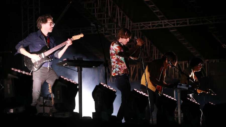 Phoenix yang Memuaskan Hati di We The Fest 2017