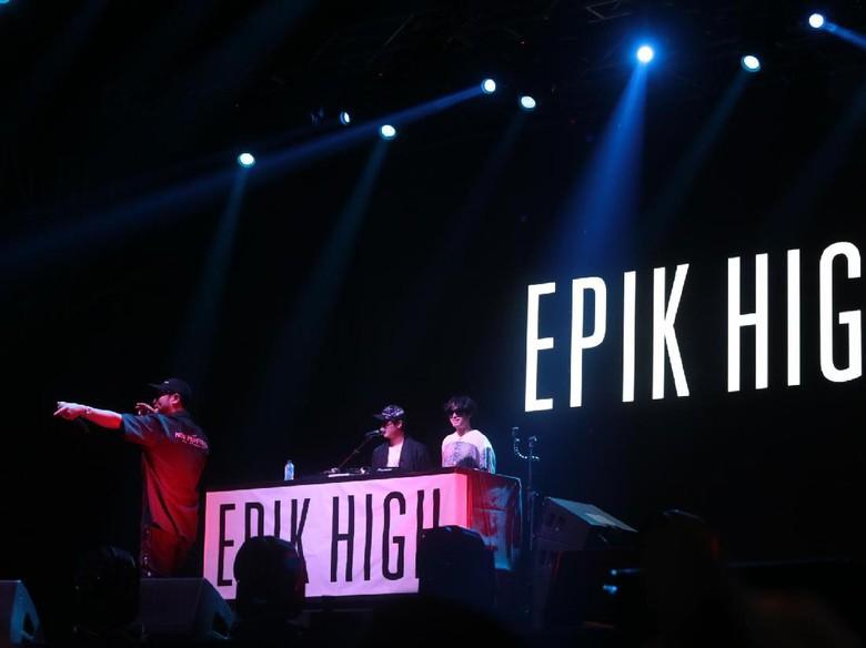 Epik High Bikin Goyang We The Fest 2017