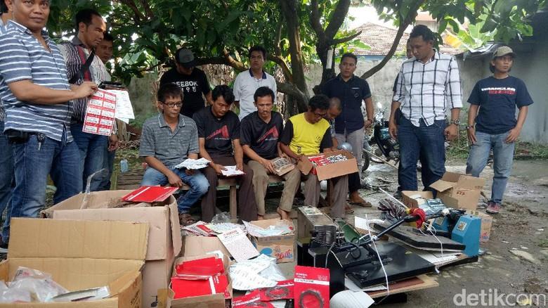 Ilustrasi Spare Part palsu Foto: Polisi Gerebek Rumah Produksi Spare Part Palsu di Palembang (Raja-detikcom)