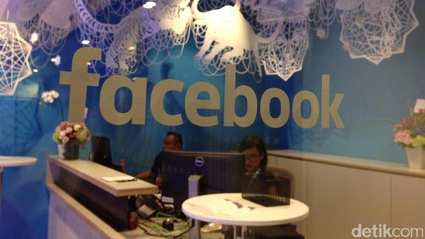 Mark Zuckerberg Pastikan 'Merger' WhatsApp, Instagram & Facebook