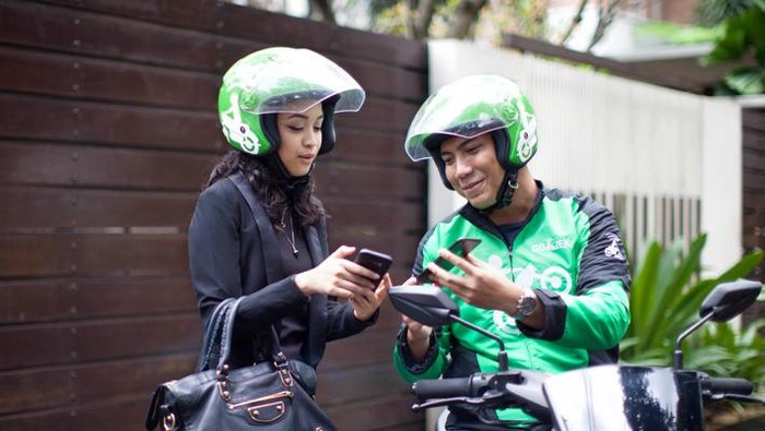 Ilustrasi top-up Go-Pay via driver. Foto: Go-Jek