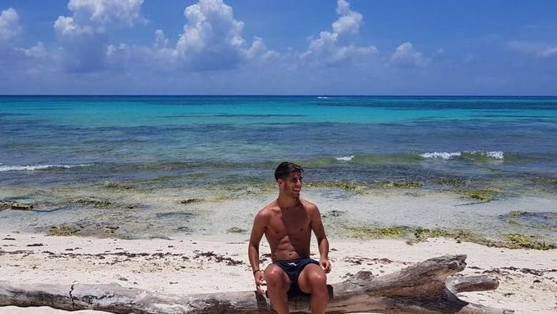 Marco Asensio ternyata wisata air saat liburan (Dok. Marco Asensio/Instagram)