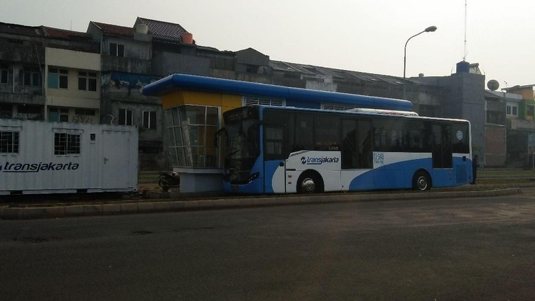 Ada Aksi di Monas, Bus TransJ Koridor 2 Dialihkan