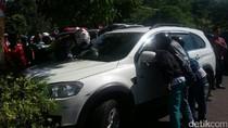 Gula Darah Naik, Theo Tabrak Pembatas Jalan di Raya Manyar
