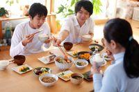 Kebiasaan Makan Nasi Perkecil Resiko Obesitas