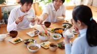 Agar Sesuai Tata Krama, Ini 7 Tata Cara Makan Jepang Buat Pemula
