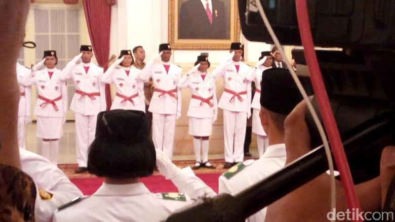 Di Depan Jokowi, Paskibraka Ucapkan Ikrar Setia pada Pancasila