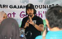 Chicco Jerikho Cerita soal Gajah di Depan Anak-anak  Aceh