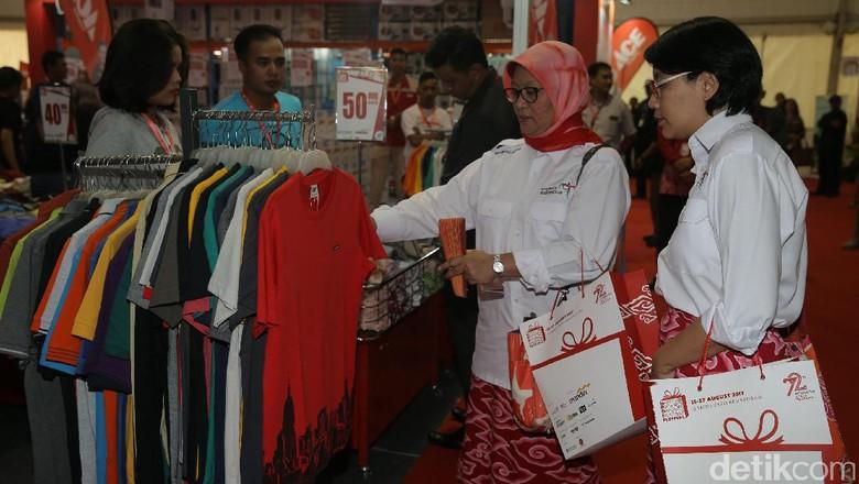 Hari Belanja Diskon Indonesia (HBDI) dan Happy Birthday Indonesia Festival (HBDIF) digelar di JIEXPO Kemayoran, Jakarta. Acara ini untuk memeriahkan HUT RI ke-72.