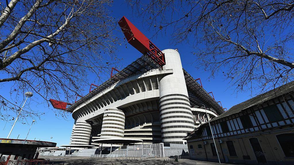 Terkait Virus Corona, Amankah Nonton Liga Italia di Stadion?