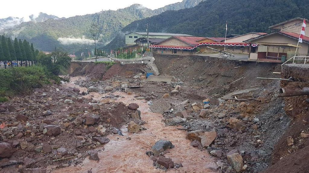 Daerah Tambang Freeport Kena Banjir Bandang, Ini Kata Jonan
