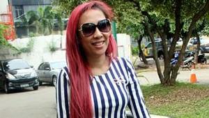 Dewi Sanca Kejar Target Payudara 38 Cup A