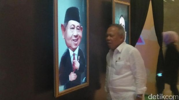 Menteri Basuki di acara Indonesia Happy /