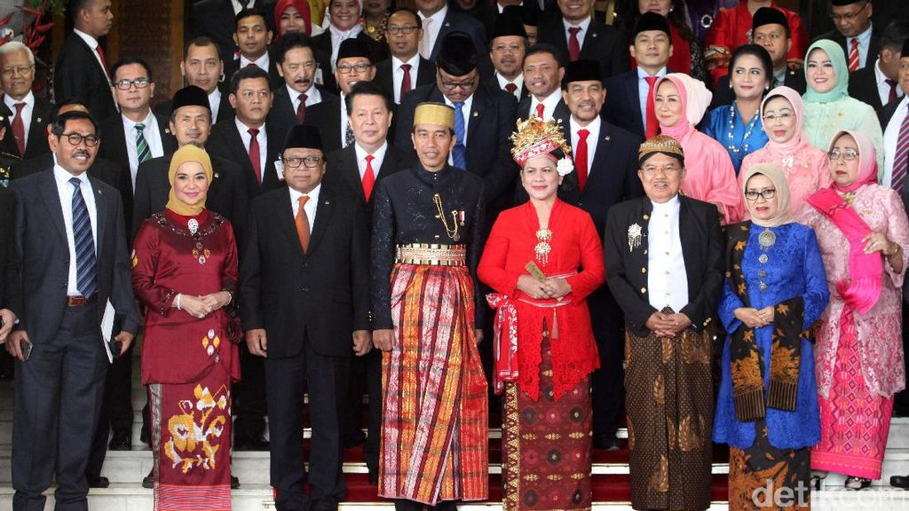 Jokowi: Pembangunan 2018 Diarahkan ke Papua Hingga Sulawesi
