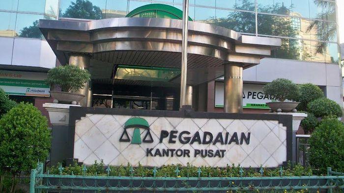 Pegadaian Negara pertama di Sukabumi, Jawa Barat, tepatnya 1 April 1901. Selanjutnya di 1905, Pegadaian berbentuk lembaga resmi dengan status Jawatan.