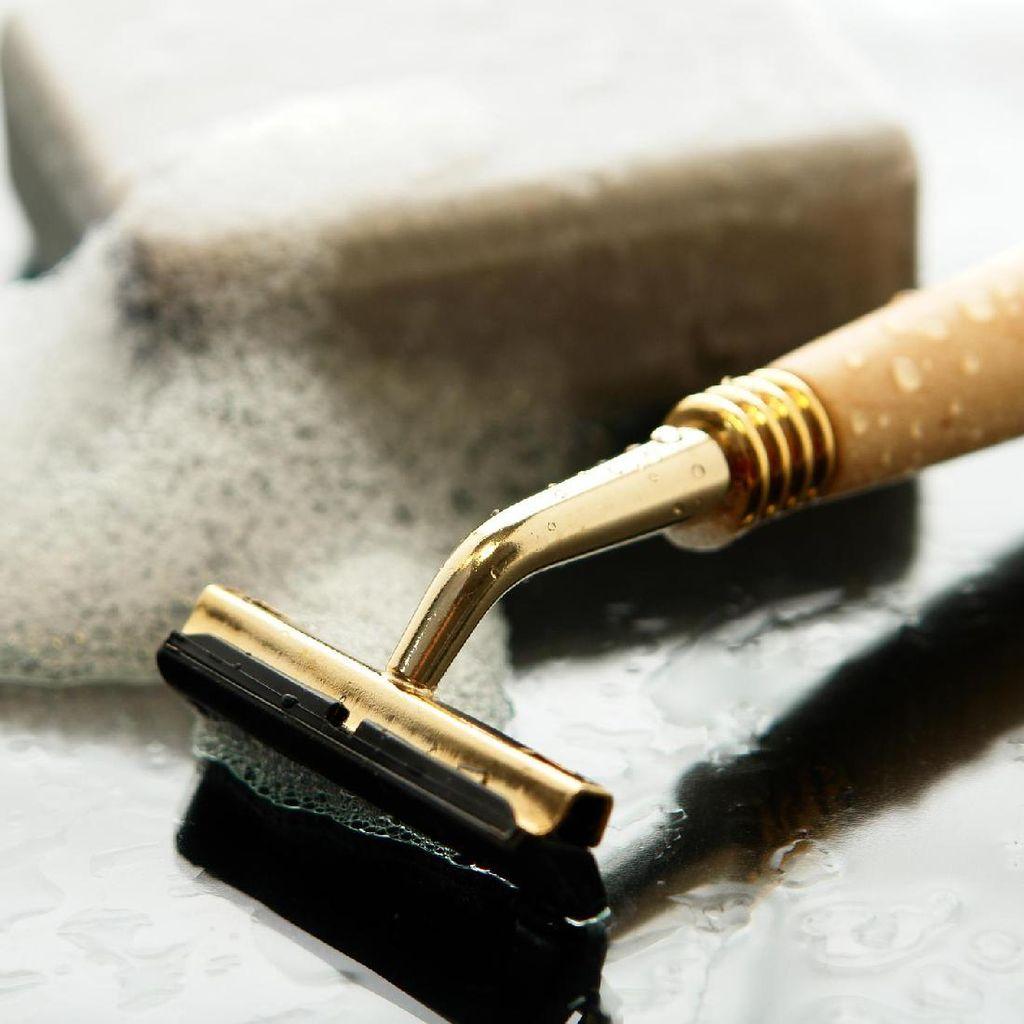4 Cara Merapikan Rambut Mr P Agar Tak Ganggu Aktivitas Bercinta