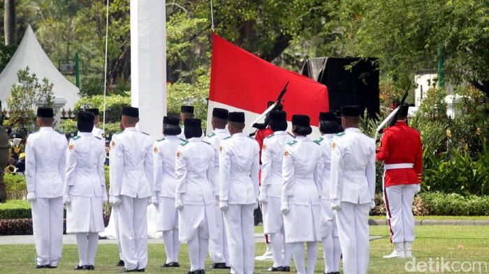 Untuk merayakan Kemerdekaan RI 17 Agustus, penderita psoriasis tidak perlu ragu untuk mengikuti upacara bendera atau kegiatan perayaan di luar. (Foto: Bagus Kurniawan/detikcom)