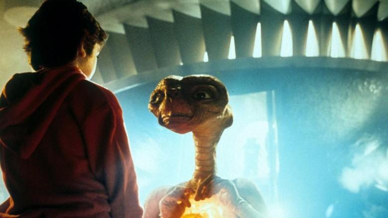 Film E.T Sebenarnya Memiliki Akhir Cerita yang Berbeda