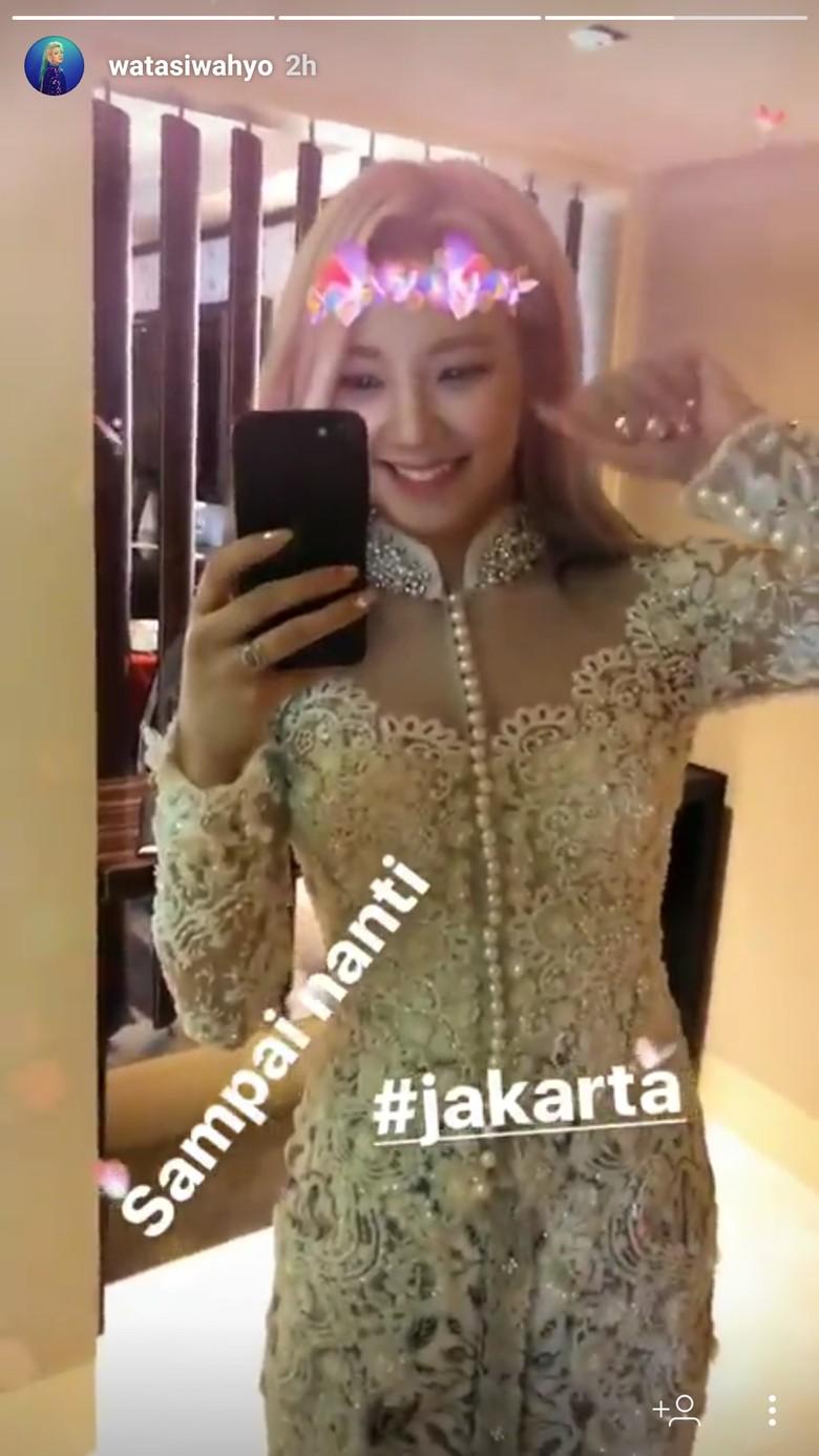 Foto: Pretty! Hyoyeon SNSD Pamer Kenakan Kebaya Sebelum Tampil di Jakarta (Hyoyeon/Instagram)